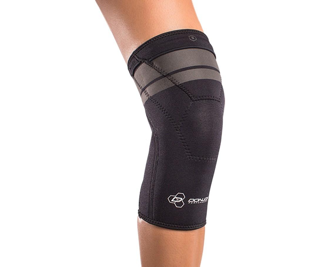 AnaForm 2MM Knee Sleeve - On-Body - Front - Black