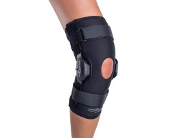 DonJoy Deluxe Hinged Knee Brace